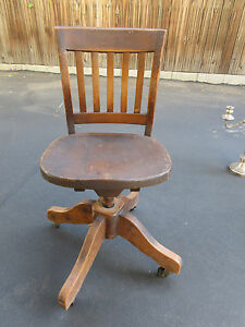 Collectible Antique Solid Oak Art Crafts Swivel Office Chair W Casters