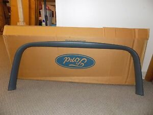 New Oem 1997 1998 Ford Expedition Rear Lift Gate Reveal Surrounding Trim Molding