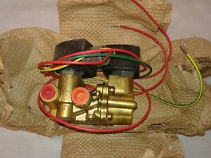 Asco 1 4 Inch 4 Way Electronic Solenoid Valve Ef8344g44 new Old Stock