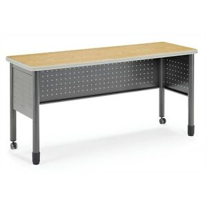 Ofm Training Table 20 X 59