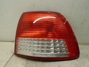 00 01 Cadillac Catera Right Rear Outer Tail Light Lamp Quarter Panel Mounted Oem