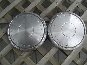 Oldsmobile Olds Cutlass Toronado Delta Custom Cruiser Sedan Hubcaps Wheel Covers