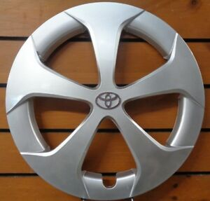 Free Shipping Fits 2012 2015 Toyota Prius 15 Hub Cap Wheel Cover 61167
