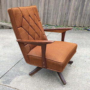 Minty Vintage Danish Retro Atomic Wood Tweed Swivel Desk Executive Arm Chair 50s