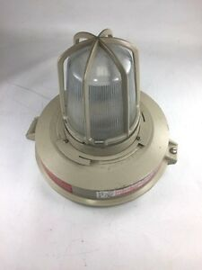 Crouse hinds Lmvs050 120 Champ Lmv Series Lighting Fixture 120v Lamp E b17