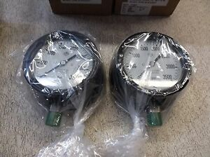 Mc 0 3500 Psi 1 2 Npt Pressure Gauges lot Of 2 New Old Stock