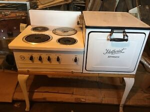 Old Vintage 1920 Porcelain Hotpoint Automatic Electric Stove Oven