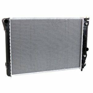 52470606 Gm3010186 New Radiator Chevy Chevrolet Corvette 1997 2001