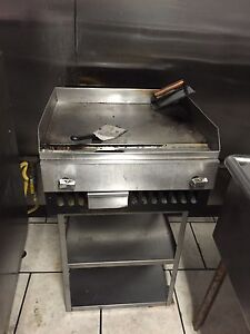 Restaurant Flat Grill 2 2 Also 2 16 Charbroiler Good Condition