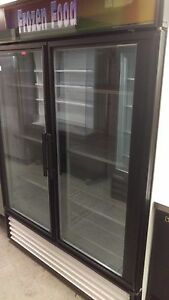 True 2 Door Freezer Glass Door Merchandiser 8 Shelves Gdm 49f 115 208v