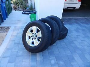 2004 Toyota 4runner Factory Oem Rims With Tires