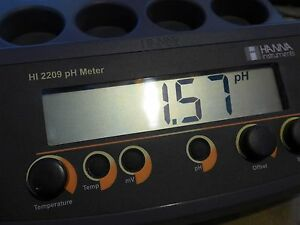Hanna Hi2209 01 Benchtop Ph mv Meter With Electrodes