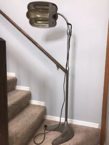 Vtg Sperti S 200 Steampunk Industrial Adjustable Floor Lamp Heat Sun Irradiation