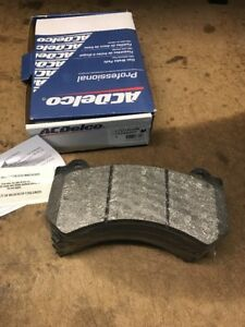 Ac Delco 19288002 Cts Camaro Front Pad Set Brake Pads Brembo