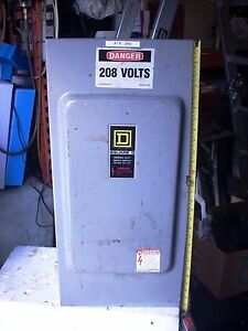 Square D D324n Fusible General Duty Safety Switch Box 200 Amp 240 Vac