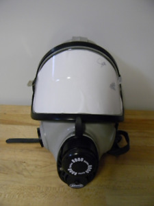 Ao Safety 5 Point Full Face Mask Respirator Small Medium 50284 00000