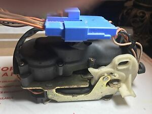 2004 2008 Chrysler Pacifica Power Lift Gate Latch Lock Actuator Oem