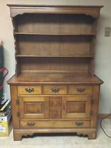 Cushman Colonial Rock Maple 48 Buffet W Hutch Welsh Cupboard