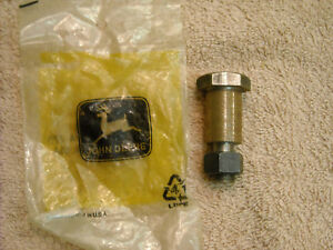 Nos John Deere T19851 Bolt For 350 450 Crawlers And 2010 Tractor