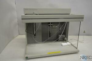 Waters 2700 Sample Manager Liquid Chromatography