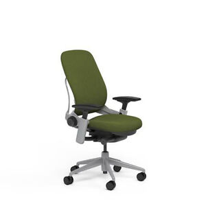 Steelcase Adjustable Leap Desk Chair Buzz2 Ivy Green Fabric Seat Platinum Frame