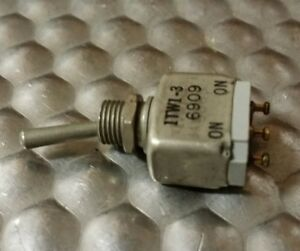 Nos Micro Switch 1tw1 3 Ms27716 23 Mil spec Miniature Toggle Switch Spdt 5a 125v
