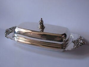Vintage Silverplate Butter Dish By Wallace Baroque Collection Glass Liner Ex