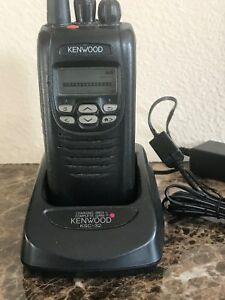 Kenwood Digital Portable Radio Nx 300g k Uhf 450 512mhz