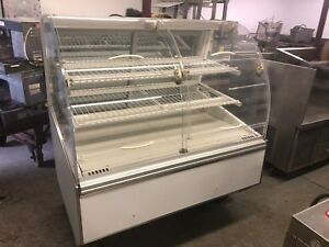 Federal Sn48ss Self serve Bakery Case