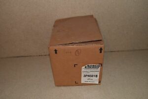 Staco Energy Products Inc Variable Autotransformer Type 3pn501b New