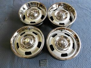 Set 15x6 Small Dc 67 Corvette Passenger Rally Wheels With New Caps Rings Lug