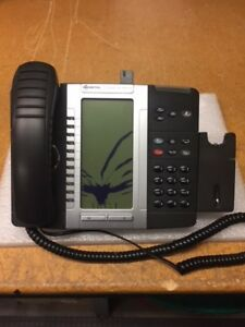Mitel Mivoice 5330e Ip Phone W bluetooth Module And Wireless Headset Attachment