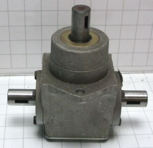 Peerless 1000 010 T drive Right Angle Gearbox 1 1
