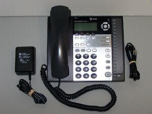 At t 1070 4 line Backlit Lcd Display Small Business Speakerphone