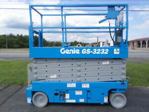 2011 Genie Gs3232 32 Electric Slab Scissor Lift Manlift 32ft Platform Lift