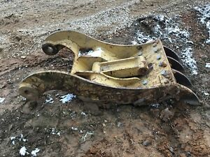 Large Excavator Thumb Cat Caterpillar 330 336 345 100mm Hydraulic Direct Link