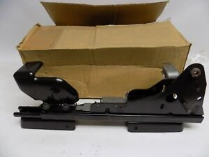 New Oem 2005 2008 Ford F 150 Seat Track Assembly Left Hand Side 6l3z1661705b