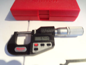 Starrett Model No 7343 0 1 Digital Micrometer