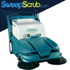 Tennant 3640 Battery Powered Walk Behind Floor Sweeper