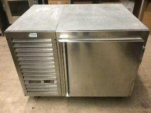 Traulsen Uc1lt Undercounter Single Door Freezer