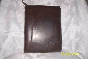 Handsome Brown Sandstone Leather Franklin Covey Classic Planner Binder zipper