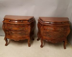 Vintage Pair Of Italian Rococo Walnut Bombe Commodes Chests Nightstands