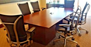 Excellent Condition Complete Conference Room Tables Credenza s
