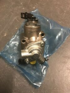 Volkswagen Audi Genuine Oem Brand New High Pressure Fuel Pump 06f 127 025 M