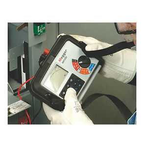 Megger Mit330 Insulation Continuity Tester W Storage