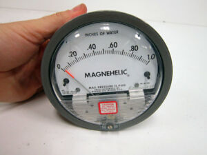 Dwyer Magnehelic 2001 Pressure Switch Gage Range 0 1 Inches Water
