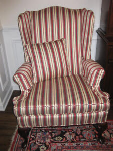 Beautiful Vintage Classic Georgian Wingback Chair With Stretcher Base