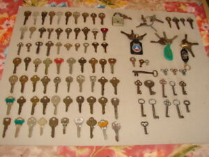 100 Antique Vintage Key Lot Cabinet Yale Plymouth Ford Master Earle Slaymaker