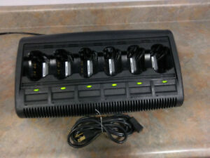 Motorola Impres 6 Bay Rack Gang Charger For Xts Ht Mt Series Radios