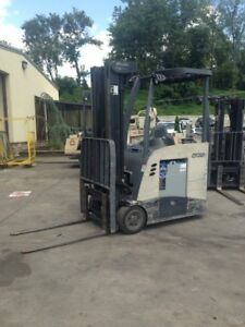 2009 Crown Stand Up Forklift And Unused 3 Phase Battery Charger